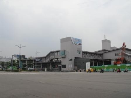台鐵左營站地址為「勝利路1號」。(取自台鐵官網)