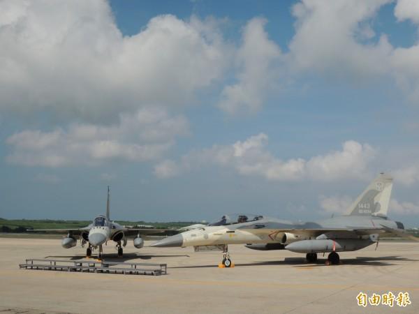 每年夏季移防馬公機場的天駒部隊,為防衛海峽中線第一線尖兵部隊。(記者劉禹慶攝)