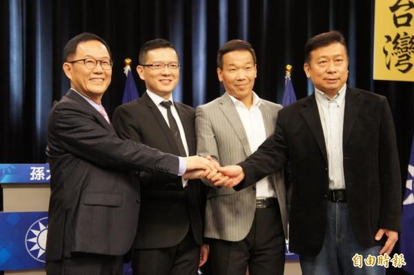中天新聞事前街訪發現,國民黨4位台北市擬參選人的人氣與知名度,遠不及現任市長柯文哲。(記者黃建豪攝)