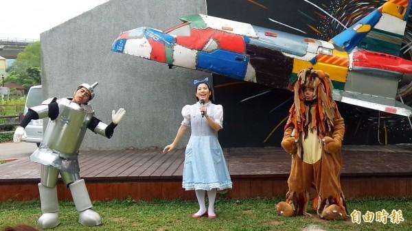 新竹縣桐花祭「桐樂會」5月5日在竹東文創藝術村登場,除了設計客家闖關遊戲,還請來如果兒童劇團、長榮交響樂團等大咖演出。(記者廖雪茹攝)