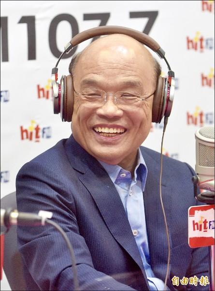 民進黨新北市長參選人蘇貞昌昨接受電台節目主持人周玉蔻專訪,暢談參選理念。(記者羅沛德攝)