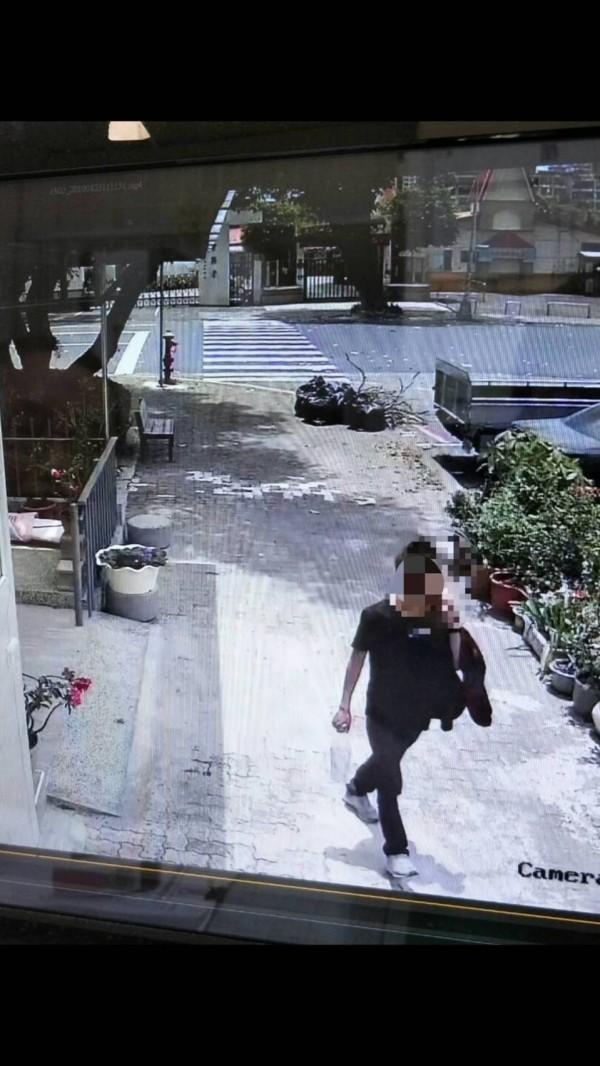 警方調閱監視器及利用辨識系統掌握林男犯案。(記者蔡清華翻攝)