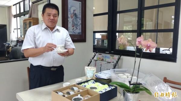 虎尾高中校長薛東埠說,準備好了,歡迎白沙屯媽祖駐駕。(記者廖淑玲攝)
