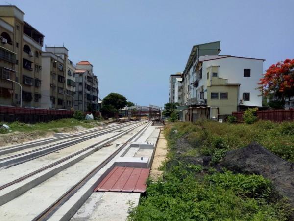 C14到C17站穿越傳統住宅區。(圖由讀者提供)