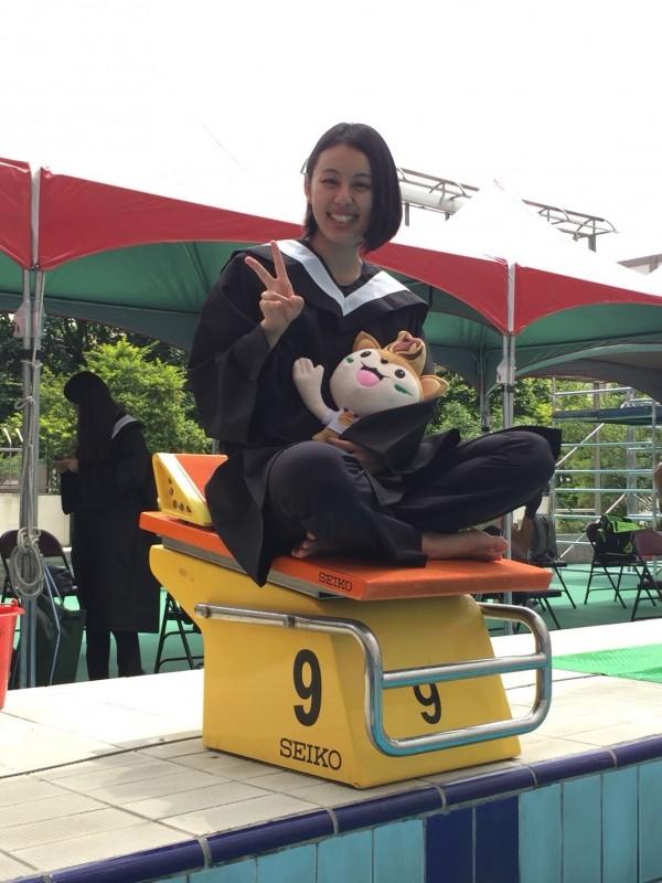 中原大學應屆畢業生澤木直美,已經考取台大化工所。(中原大學提供)