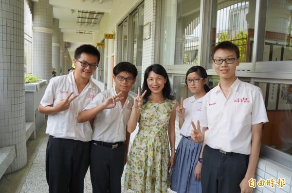 正心中學有4名學生會考成績拿到5A++。(記者詹士弘攝)