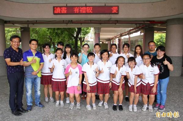 朴子國中全校有14名學生在國中會考考取5A以上成績。(記者林宜樟攝)
