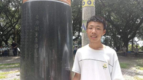 私立福智中學彭晨堯會考成績5A++作文滿級分,是雲林縣今年國中會考榜首。(福智中學提供)