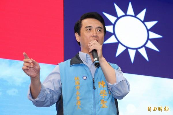 陳學聖認為距離年底選舉還有5個月,他相信一定可以翻轉勝選,只要藍營民眾大家都出來投票。(記者李容萍攝)