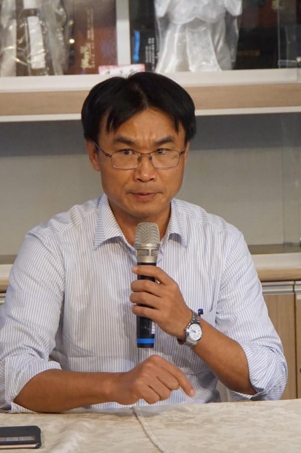 農委會副主委陳吉仲今天南下雲林,對於吳音寧的工作表現給予高度肯定。(記者詹士弘攝)