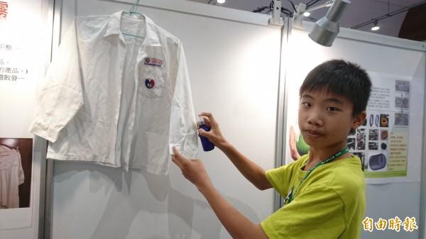 台灣國際創新發明暨設計競賽,171支參賽隊伍在台南大學展示作品。(記者劉婉君攝)