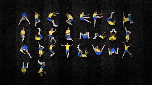 巴西設計師將「內馬爾滾」創造出26個英文字母,與珊瑚體符號相當類似。(截取自Luciano Jacob臉書)