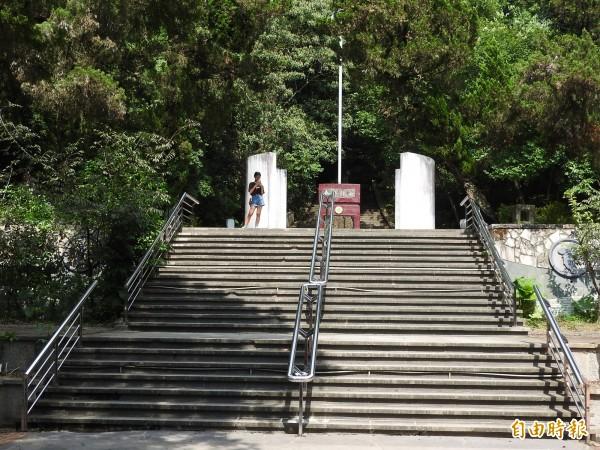 埔里鎮地理中心碑等景點今年2月公告為虎頭山風景區,地方建議再提升層級,納入日月潭國家風景區。(記者佟振國攝)
