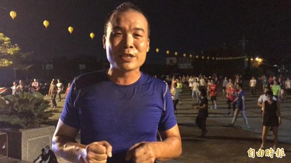 新竹縣新豐鄉青年志工協會理事長姜政焜這次也將用無黨籍身分投入鄉長選舉。(記者黃美珠攝)