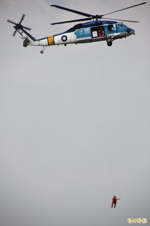 告別秀!S-70C海鷗直升機將在8月11日在全國民眾前公開操演。(記者林宜樟攝)