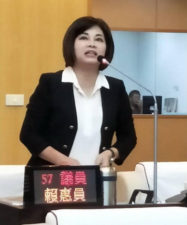 賴惠員批判蔡育輝不當的言論,嚴重撕裂夫妻之間的互信,破壞家庭和諧。(圖由賴惠員提供)