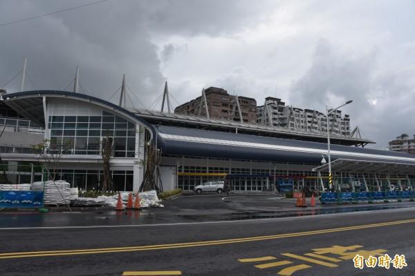 屏東火車站旁的公路客運轉運站將開放使用。(記者葉永騫攝)