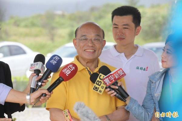 民進黨新北市長參選人蘇貞昌向侯友宜喊話,出來公開辯論,接受選民檢驗。(記者俞肇福攝)