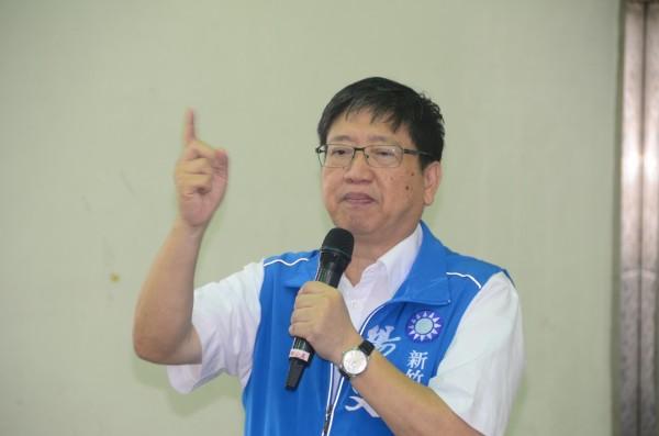國民黨新竹縣長參選人楊文科說,看到最新的民調結果給他很大的鼓舞。(楊文科陣營提供)