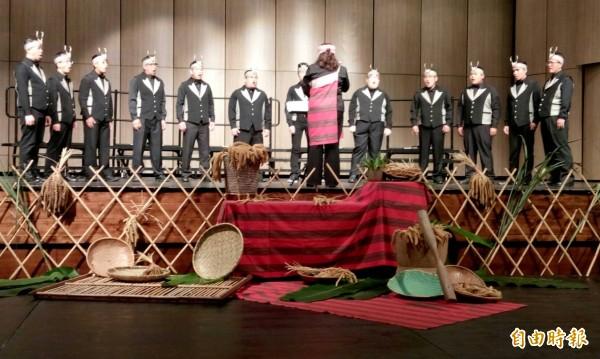「泰雅天籟」金質慈善音樂會由新竹縣泰雅學堂教育協會舉辦,售票所得將作為「泰雅學堂」音樂教育培育基金,讓泰雅天籟之聲永續傳承下去。(記者廖雪茹攝)