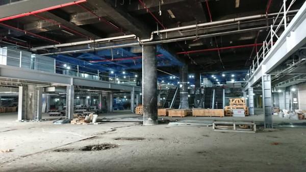 知名企業在墾丁規劃萬坪商場及影視基地。(記者蔡宗憲翻攝)