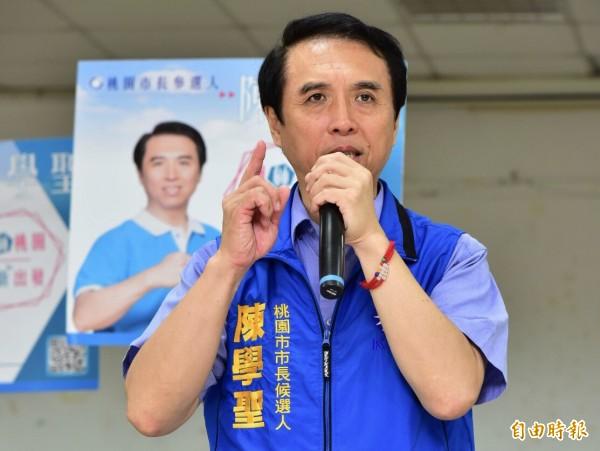 陳學聖抨擊民進黨不認八二三歷史。(記者李容萍攝)