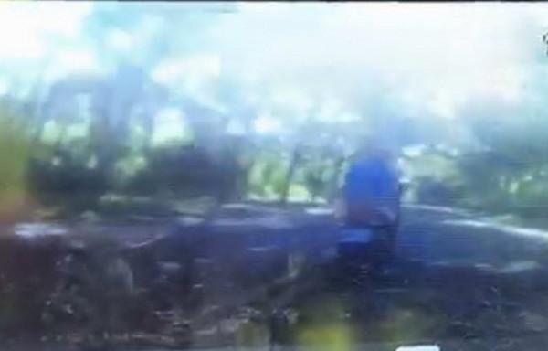 4名少年騎車行經139線大彰路,騎在最前方的吳姓少年突然摔車,性命垂危。(記者湯世名翻攝)
