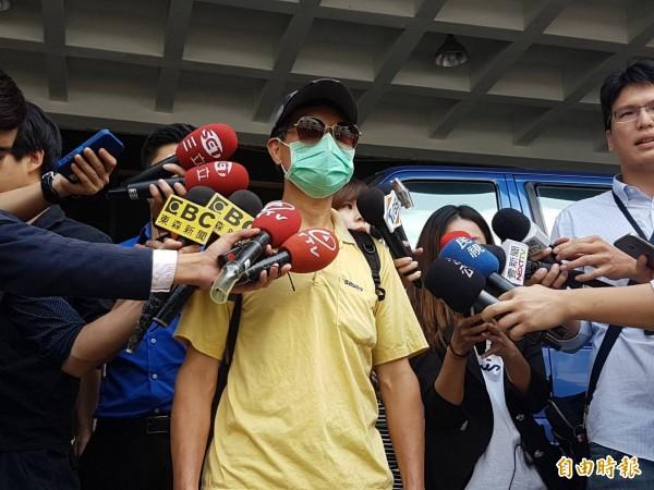華山分屍案死者父親接受媒體採訪。(記者謝君臨攝)