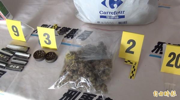 警方同時起出乾燥大麻花。(記者許國楨攝)