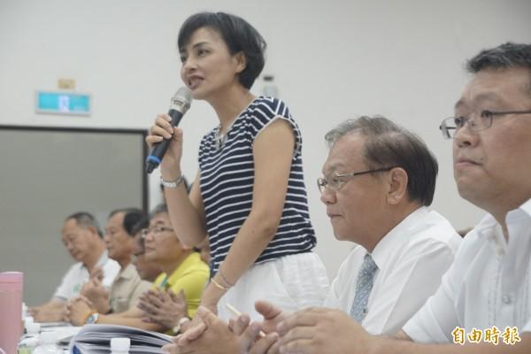 立委邱議瑩邀專家學者與會共商美濃水患問題。(記者黃佳琳攝)