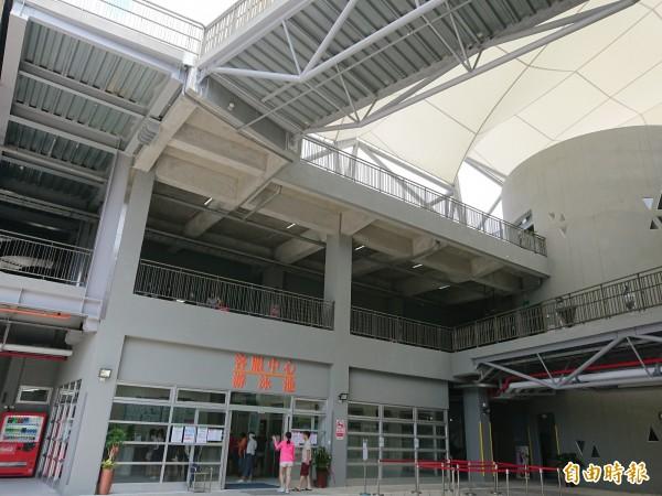 南市永華國民運動中心。(記者洪瑞琴攝)