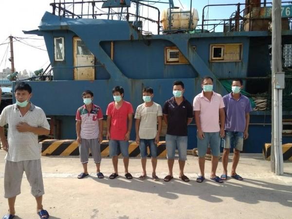 由於中國非洲豬瘟盛行,澎湖海巡隊也配合執行防疫工作。(澎湖海巡隊提供)