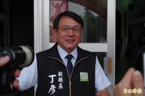 針對張席維提告,雲林縣副縣長丁彥哲表示,證明張席維確實經營蒜頭生意。(記者林國賢攝)
