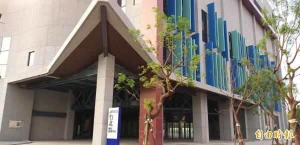 新竹縣第一座國民運動中心終於完工!(記者廖雪茹攝)