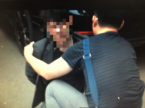 警方將陳順凱逮捕到案。(記者吳昇儒翻攝)