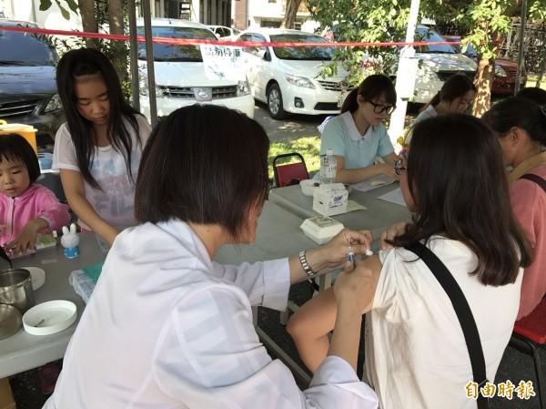 流感疫苗即將開打,南投縣衛生局呼籲及早施打,以利預防流感。(記者劉濱銓攝)