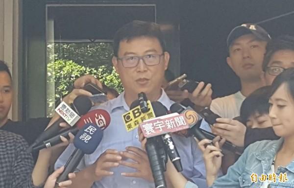姚文智表示,首都市長選舉,辯論是基本要求,不參加辯論,市民應群體唾棄,也是件可恥的事。(記者楊心慧攝)