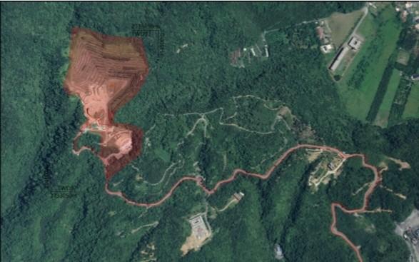 東峻興業擴大滯洪沉砂池量體位於紅色區域內(東峻興業提供)
