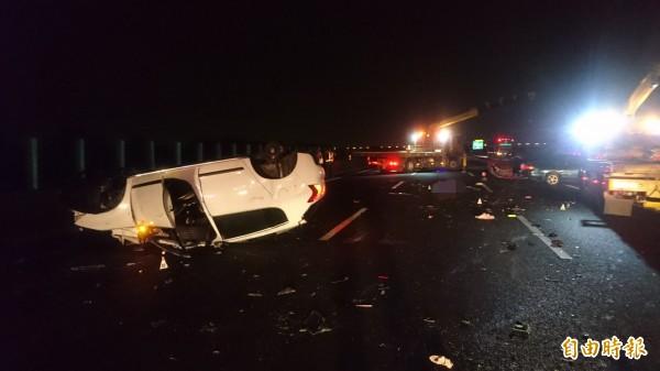車禍撞擊猛烈。(記者楊金城攝)
