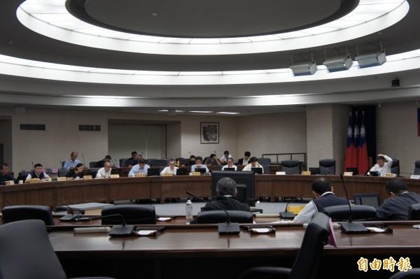 台北市長柯文哲下午主持台北市公安會報。(記者黃建豪攝)