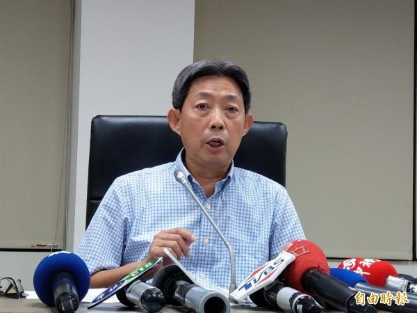 成功大學副校長黃正弘說明林嫌的聘任情形。(記者劉婉君攝)
