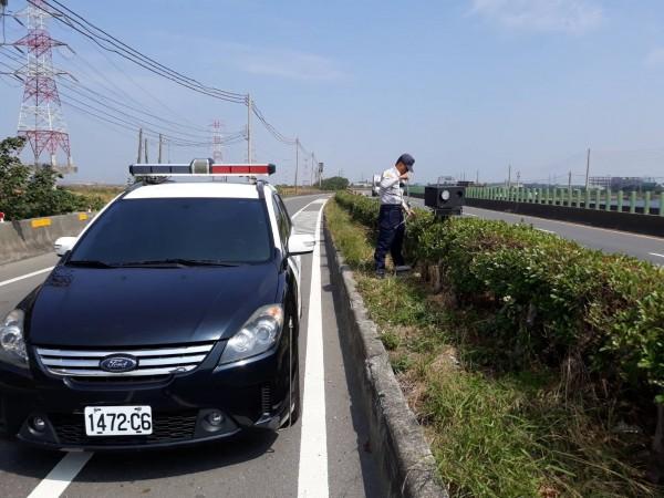 10大測速舉發排名,西濱快速公路164.3公里處高達第2名。(記者湯世名翻攝)