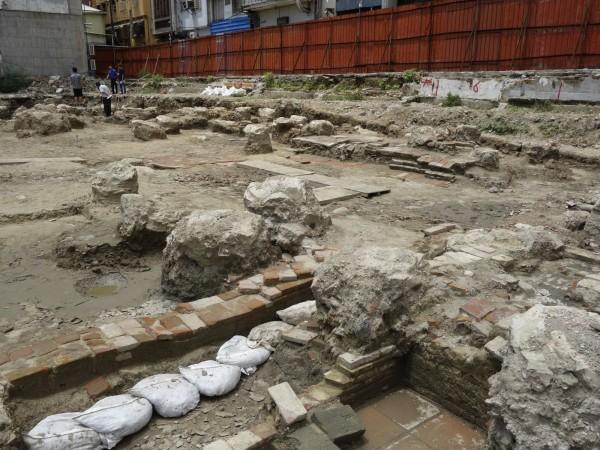永福國小校園出土遺構,確認為清代時期乾隆年間產物。(台南市文化資產管理處提供)