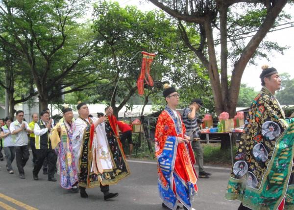 今年9月相關單位於139線舉辦路祭。(記者湯世名翻攝)