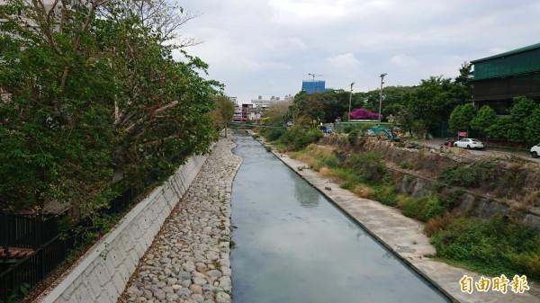 竹溪景觀改造,增添水岸風景。(記者洪瑞琴攝)