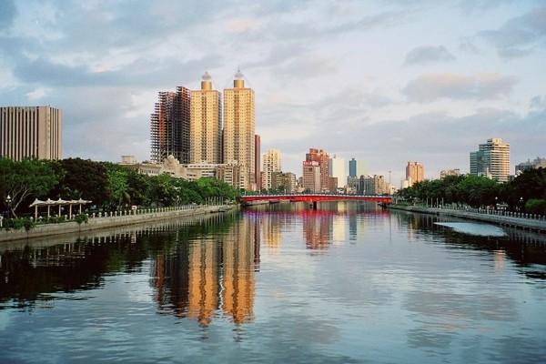 目前的愛河景觀。(取自Robert (Bob) DeWitt臉書)