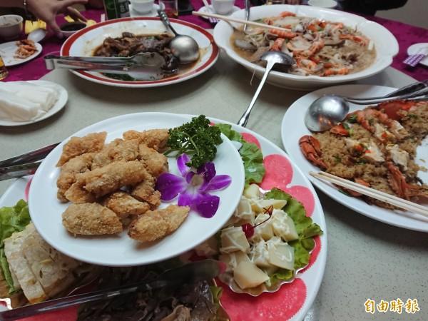 欣欣餐廳是台南在地經典台菜代表,保持傳統料理風味。(記者洪瑞琴攝)