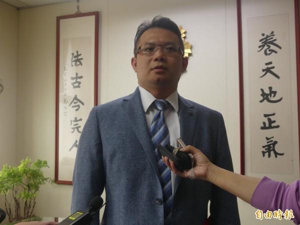 金門地檢署主任檢察官吳錦龍表示,查賄行動「絕對是玩真的」,希望有心人不要心存僥倖。(記者吳正庭攝)