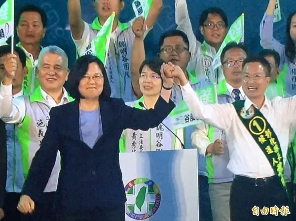 魏明谷今晚在彰化市造勢晚會,總統蔡英文擔綱最後壓軸助選。(記者張聰秋攝)