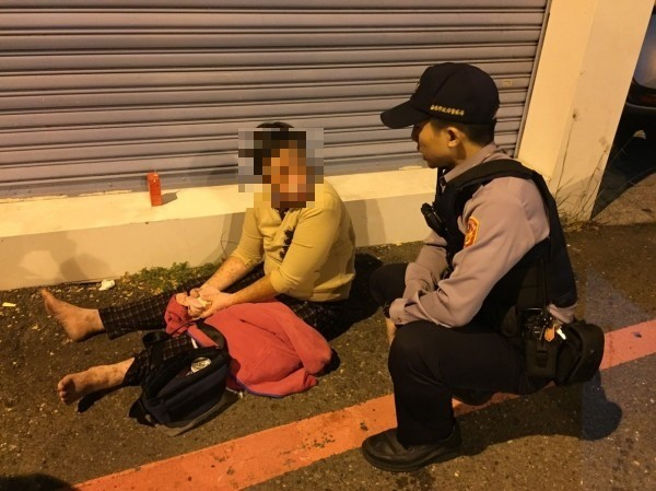45歲的鄭姓女子自稱6年前在台中住家睡了一覺,醒來就在台南。(記者王捷翻攝)